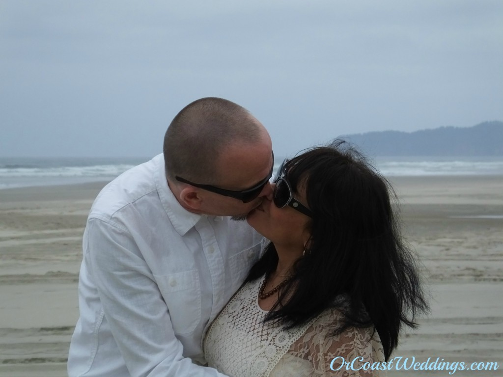 Oregon Coast beach Weddings and Elopements