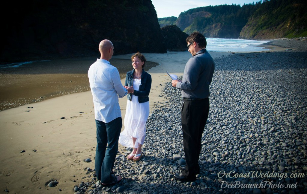 wedding officiant marrying couple on Oregon beach