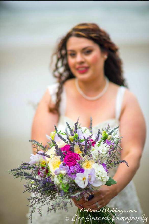 bride bouquet on Oregon coast