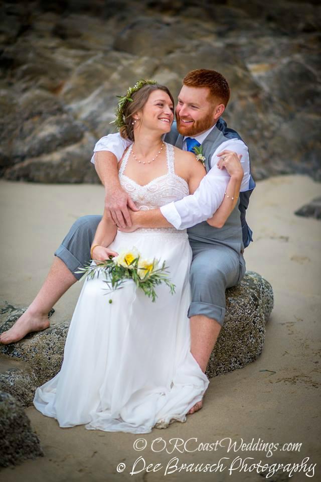 Oregon coast weddings and elopements