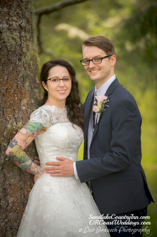 Sandlake Country Inn Wedding photos for Tami and Ryan